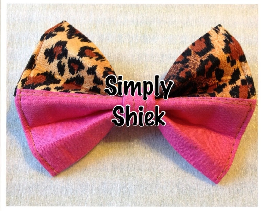 Image of Cheetah and Pink Bow
