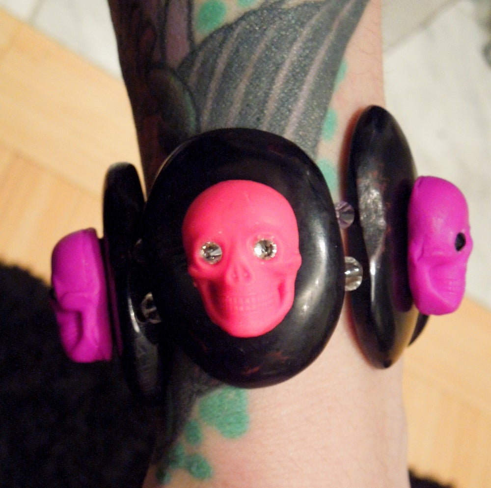 Image of Pink & Purple Skulls Bracelet