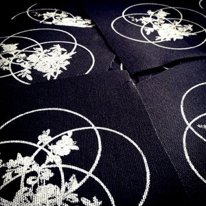 Image of ARCTIQUE CIRCLES - Infinity Bouquet Patch