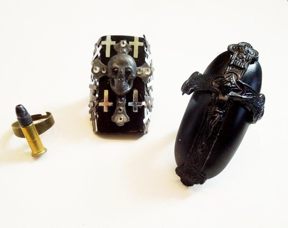Image of Crosses & Bullets on Horn Rings