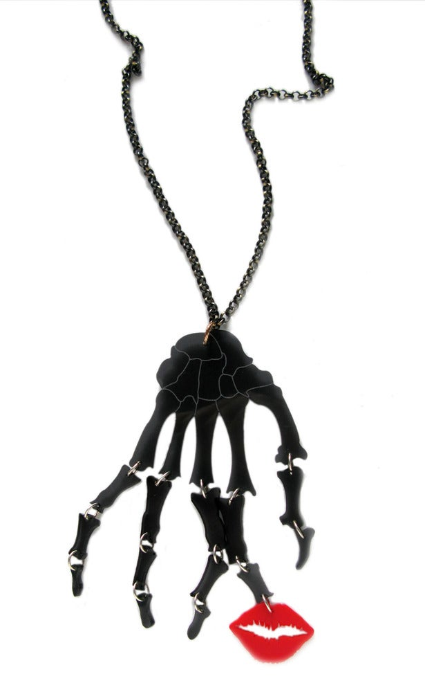"Image of ""Kiss of Death"" Necklace"
