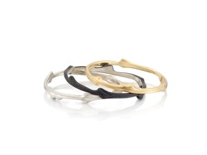 Image of skinny vineyard stacking rings (bramble collection)
