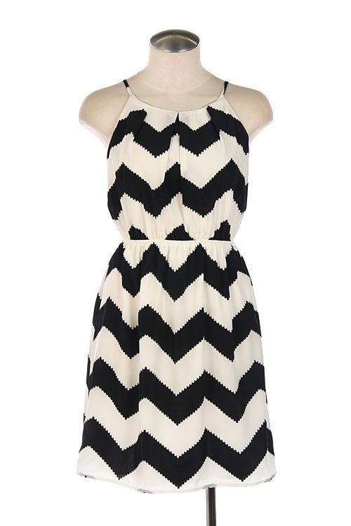 You'll love this loose and flowy chevron maxi dress from Old Navy! Fun black and white print with peach and yellow chevron accents. Wear with a jean jacket or cardigan for fall!