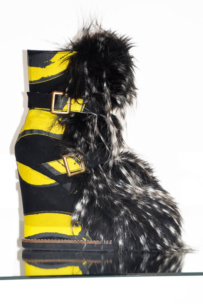 Image of Banana And Flux Fur Boots