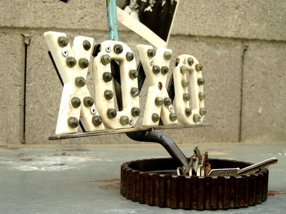 Image of Pit Stop Love, Picture & Key holder.