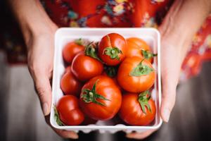 Image of fresh tomatoes print