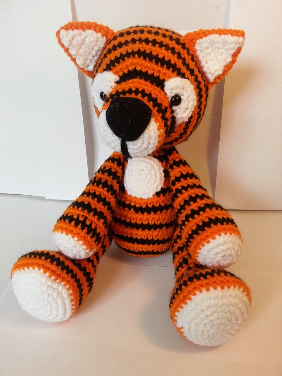 Stuffed tiger amigurumi toy / Jazenami