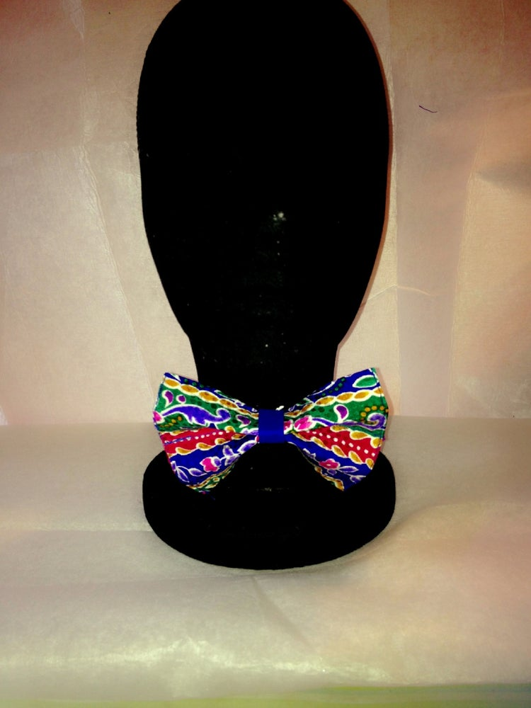 Image of Multi Colored Floral Print Bow Tie