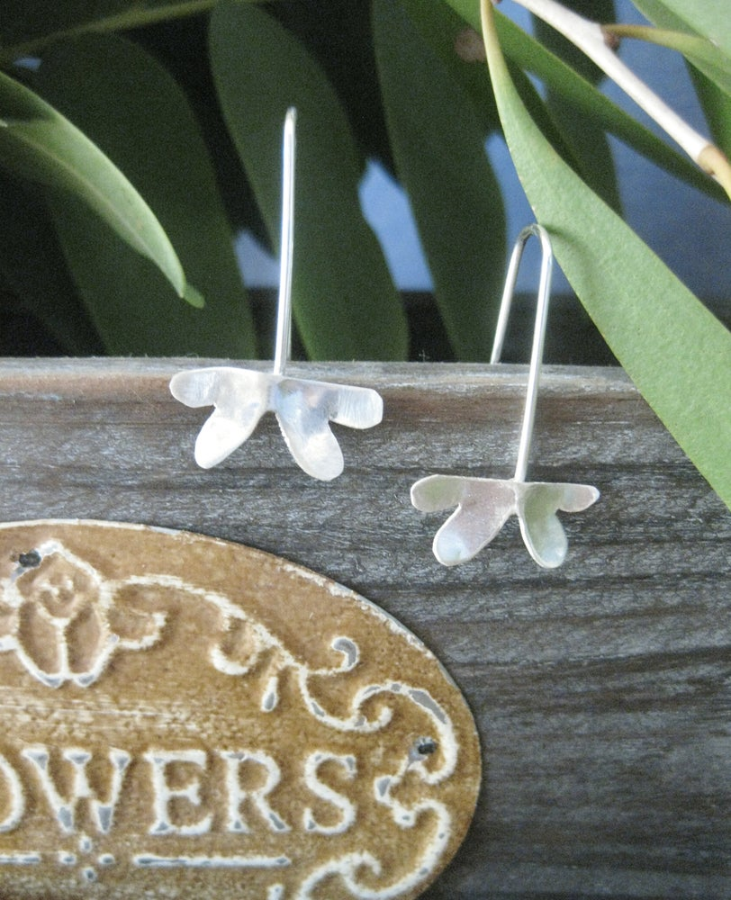 Image of Double heart leaf forged sterling silver hook earrings