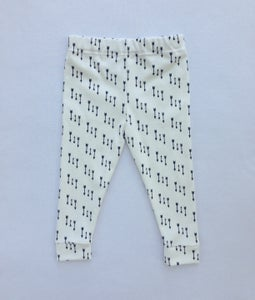 Image of ORGANIC COTTON BLACK + WHITE ARROW CUFFED LEGGINGS