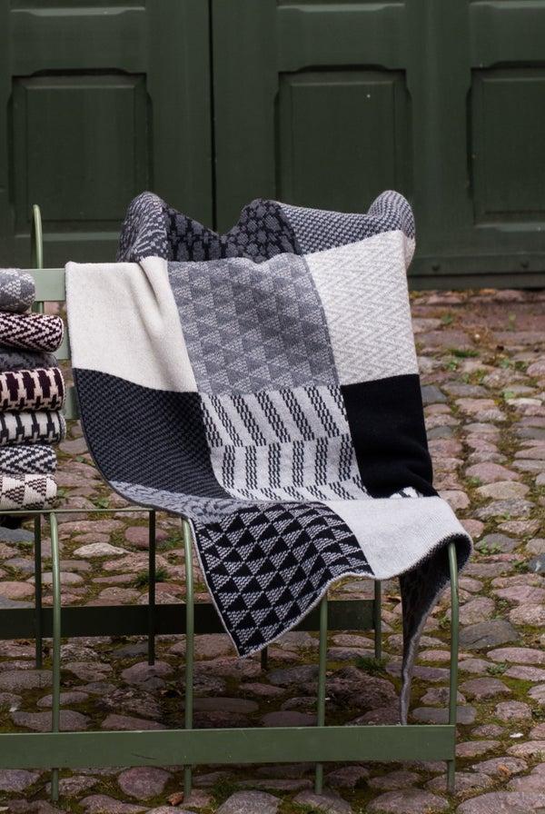 Image of Blanket 'Banjara' Black/White