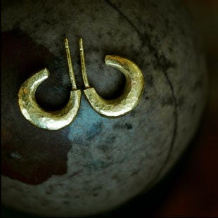 Image of 22K Small Hammered Hoops