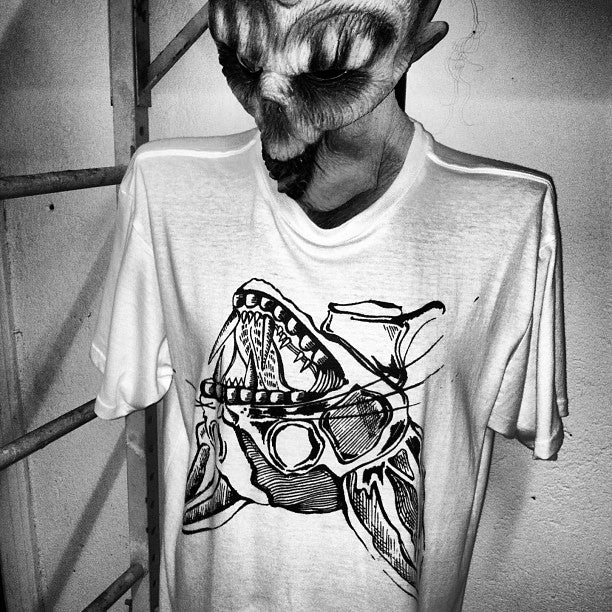 Image of Keely: Cat Head T-Shirts