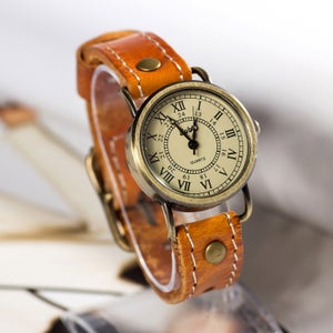 Image of Handmade Leather Watch / Vintage Style Wrist Watch (WAT00232)