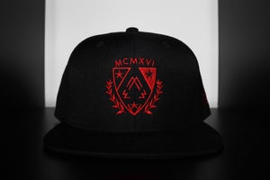 Image of RED OCTOBER LE CREST SNAPBACK