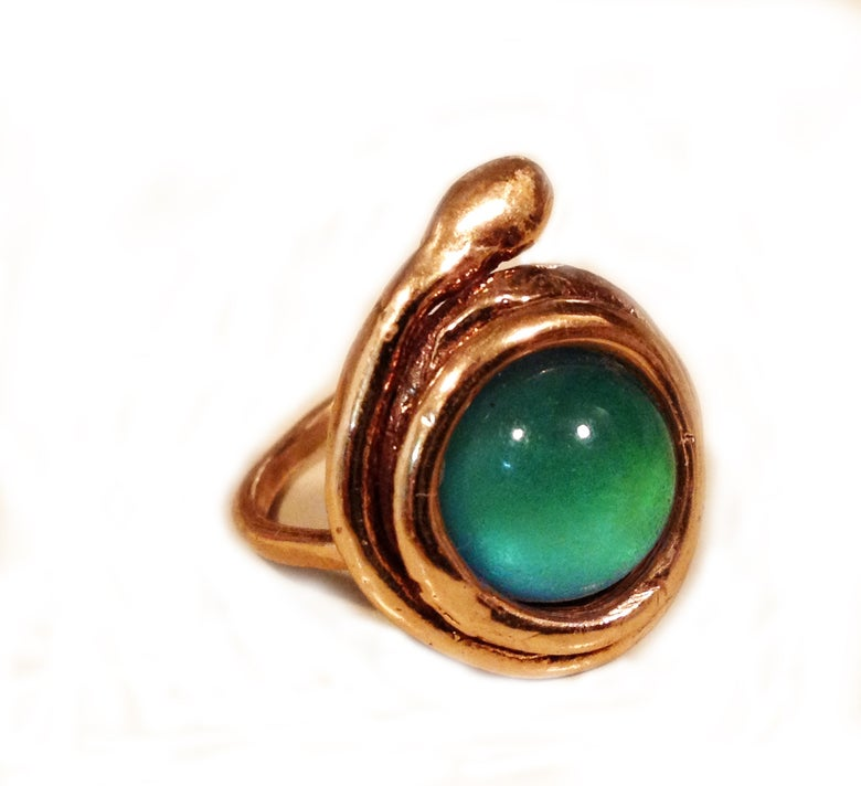 Image of Healer Ring,  Bronze Aura (color-changing mood stone)