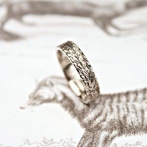 Image of palladium 5mm flat court herringbone ring