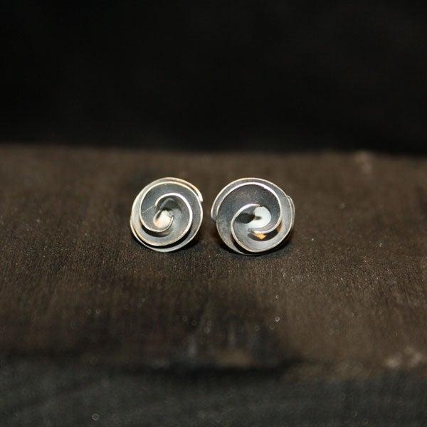 Image of One Pair of Twisted Earrings medium
