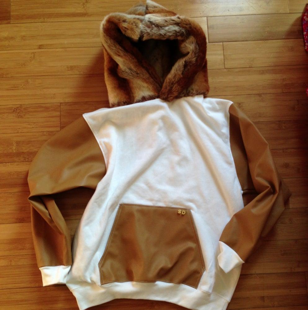 Image of White hoodie custom w/beige leather sleeves & pocket and brn bear fur hood