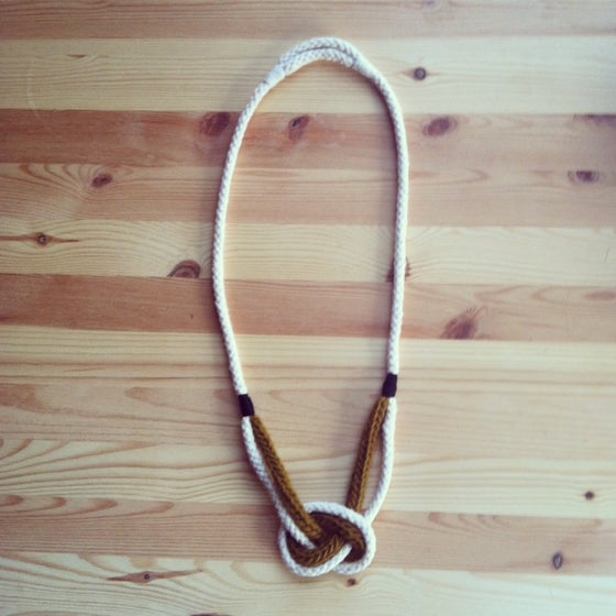 Image of necklace 2