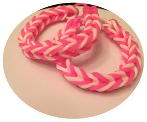 Image of Strawberry Swirl Bracelet - Glow in the dark  (2)