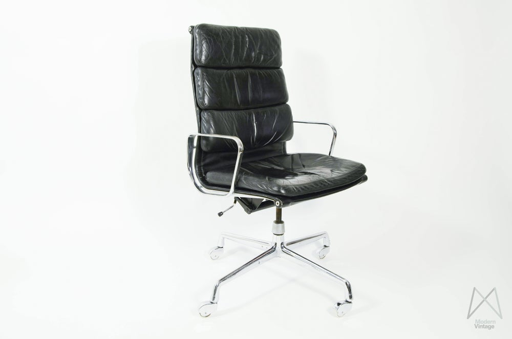 Image of Eames Herman Miller Soft Pad Executive Chair Black Leather Vintage Design Chair