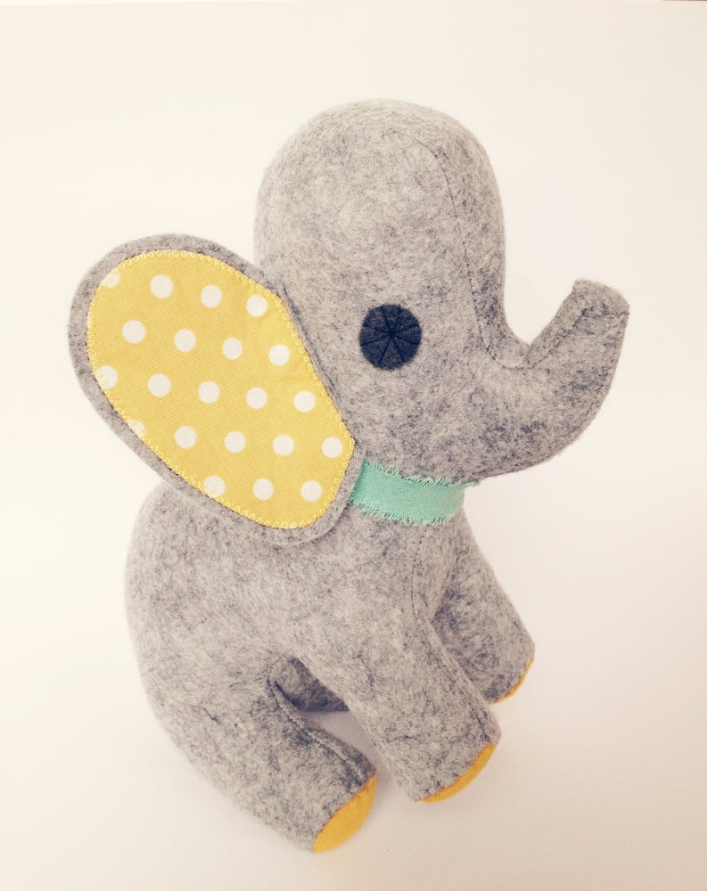 Image of Pretty Pachyderm