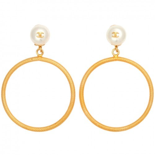 Image of SOLD OUT VINTAGE CHANEL LARGE CIRCLE DANGLING EARRINGS WITH PEARLS
