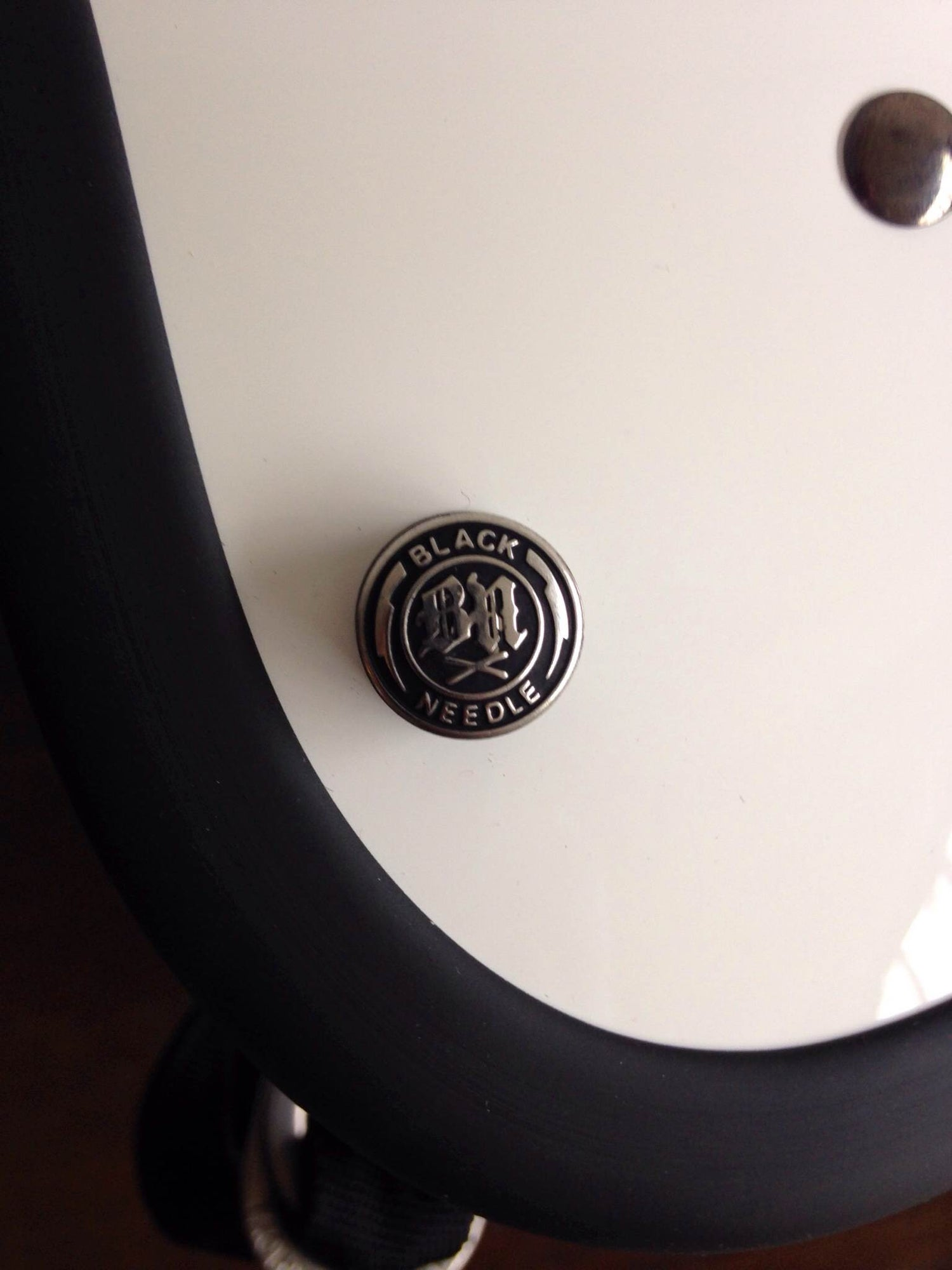 Image of BLACK NEEDLE SNAP BUTTONS