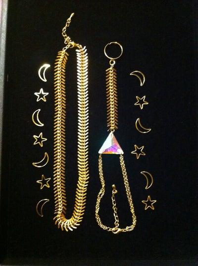 Image of Swarovski Triangle Ring Bracelet