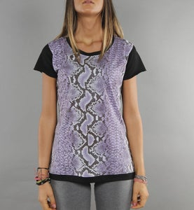 Image of COMING SOON - BIGWIG T-shirt donna viola con stampa effetto Snake Python