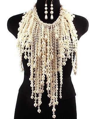 Image of OVERSIZED BIB NECKLACE AND EARRING SET