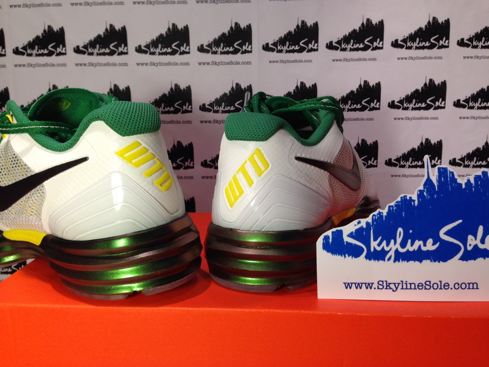 new product 8632f 6022a ... nike lunar tr1 rivalry usc image of nike lunar tr1 rivalry oregon ...