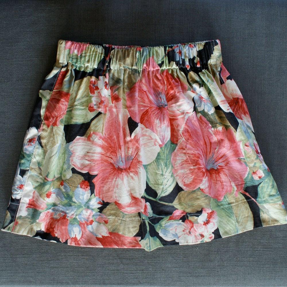 Image of Waving skirt