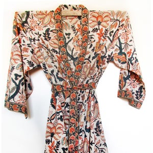 Image of Anokhi Half Length Cotton Robe Antique Vine