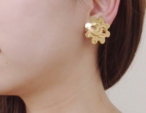 Image of Chanel Vintage Flower Shape Earrings