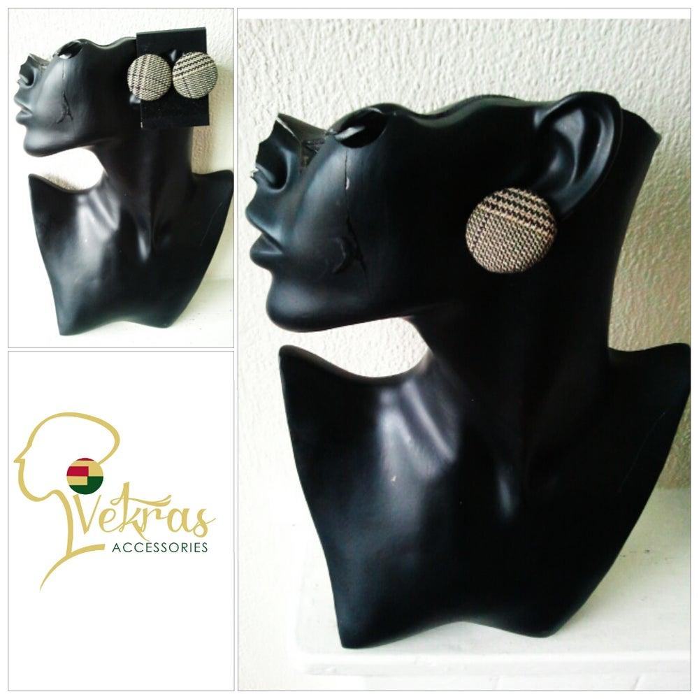 Image of Vekras Brown Tartan Stud Earrings