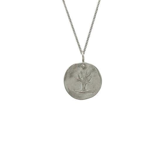 Image of Silver Medallion Necklace Tree, Growth