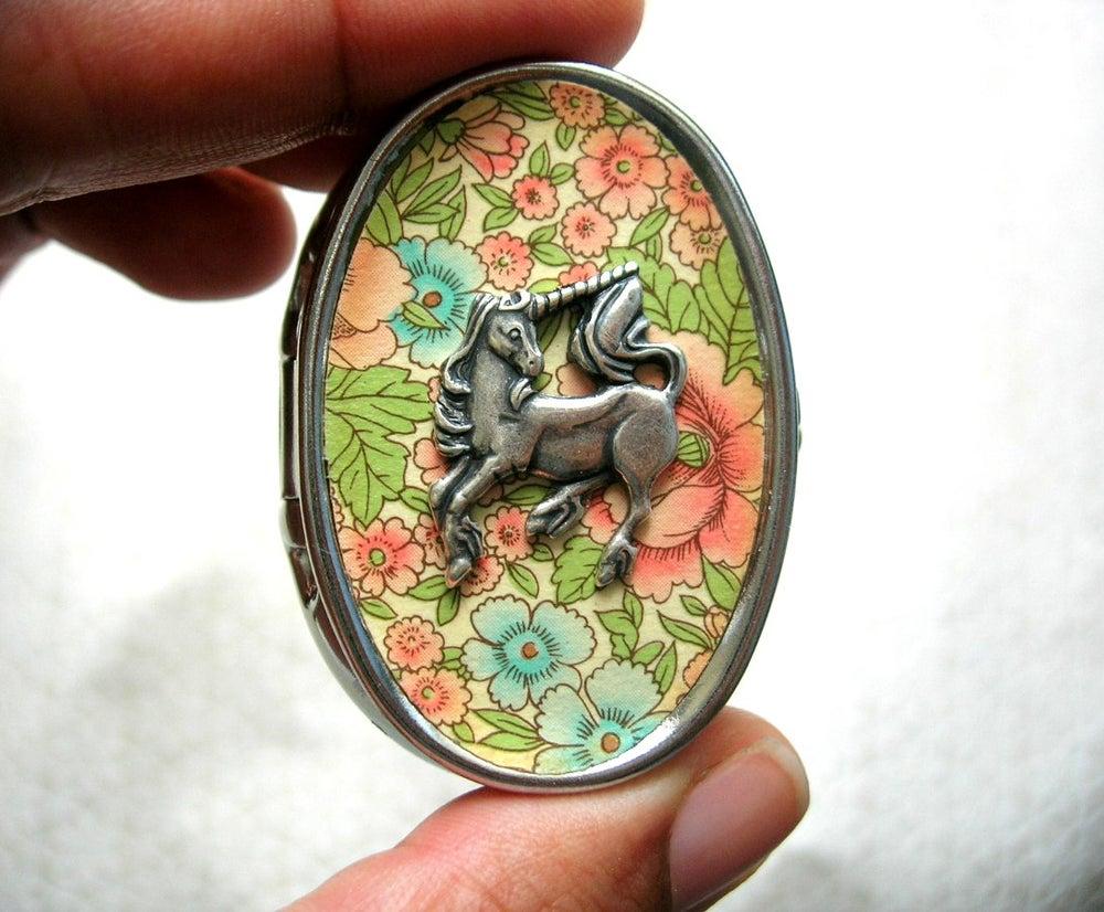 Image of Cameo Music Box Locket - Unicorn in a Rose Garden