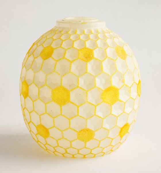 Image of Golden Honeycomb Glass Light Shade