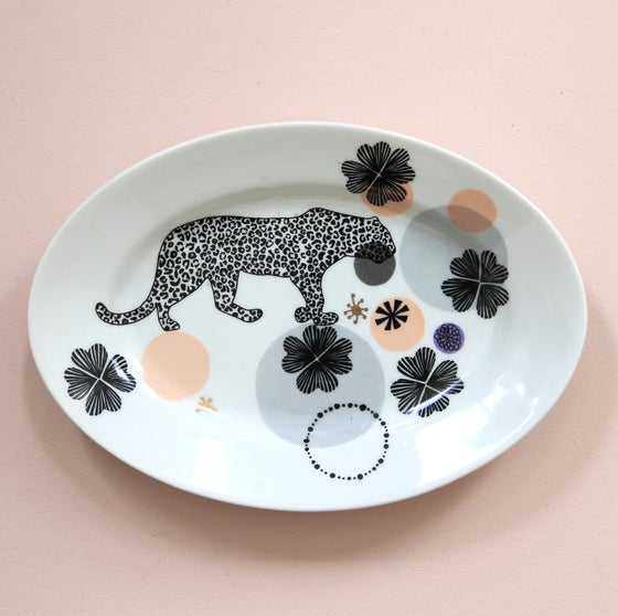 Image of Leopard in grey - Platter