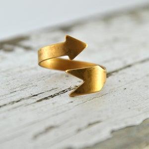 Image of Cahita - Vintage Brass Arrow Wrap Ring