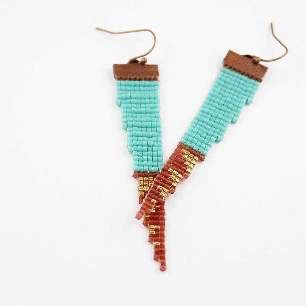 Image of Turq // Loom-beaded Earrings