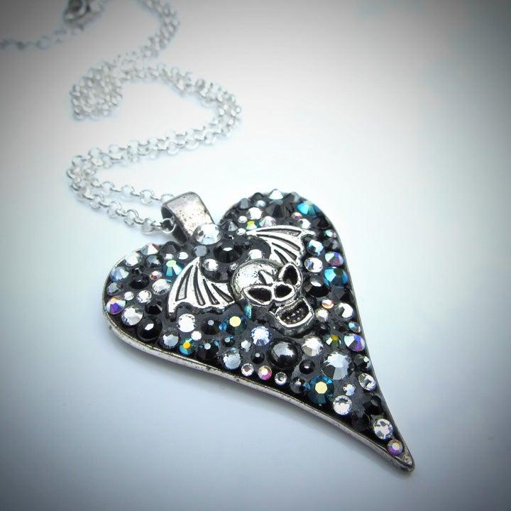 Image of Obsidian Rocks Bat Skull Heart Silver Pendant