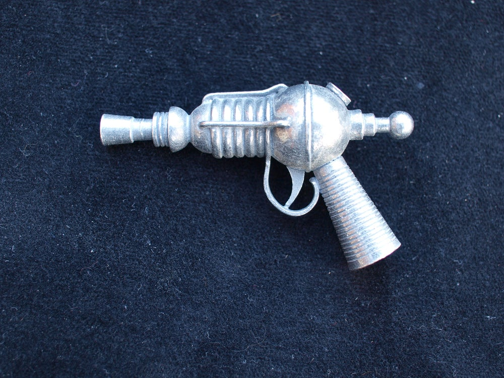 """Image of The """"LITTLE BOILER"""" Miniature Raygun Collection No. 6"""