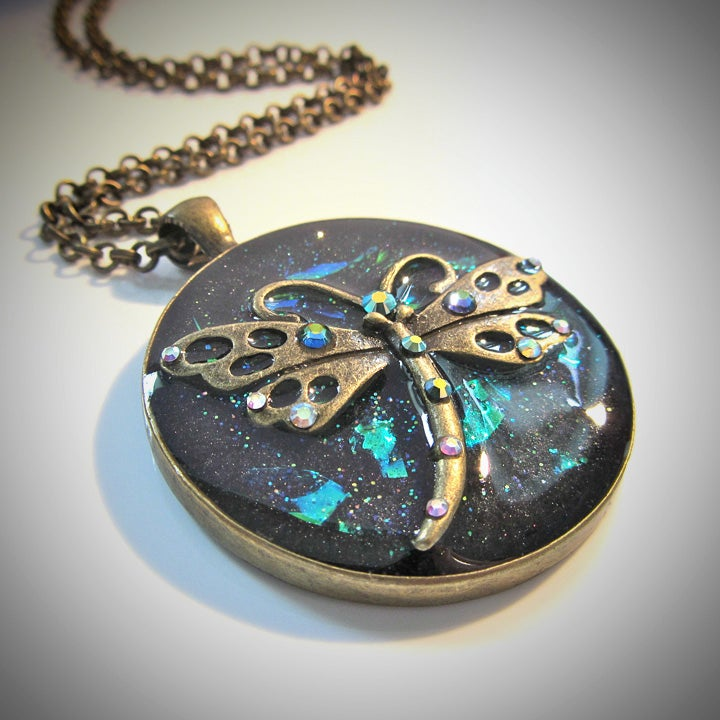 Image of Emerald Dragonfly Round Bronze Pendant