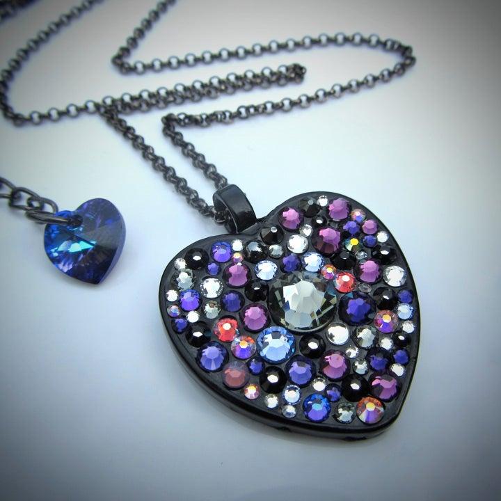Image of Midnight Rocks Purple Black Heart Pendant