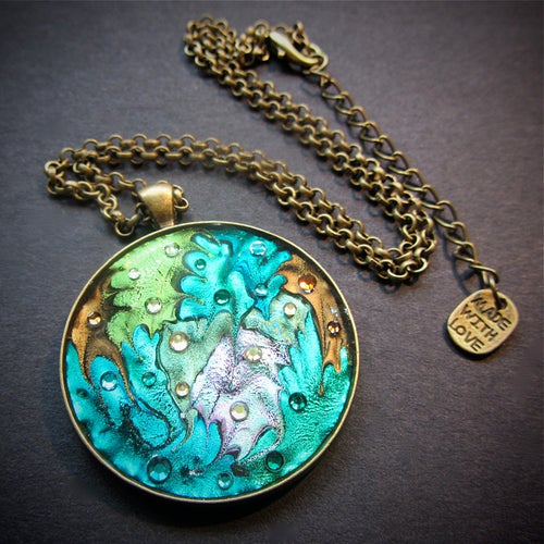 Image of Emerald Patch Round Bronze Pendant