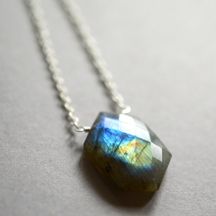 Image of Labradorite necklace geometric