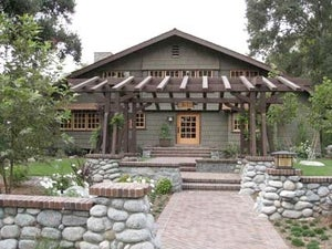 Image of DVD - Beautiful Simplicity: Arts & Crafts Architecture in Southern California